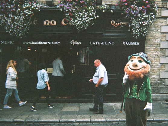 Quays bar in Temple Bar